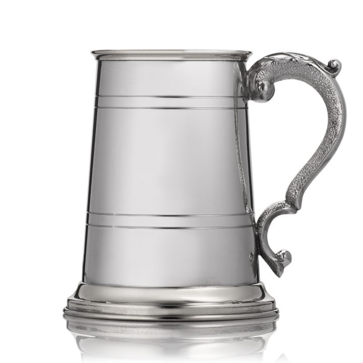 engraved scroll handle tankard