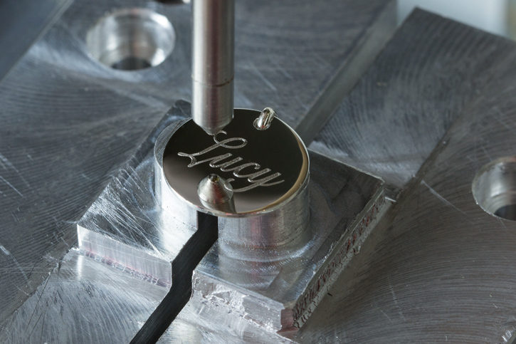 The engraving process image